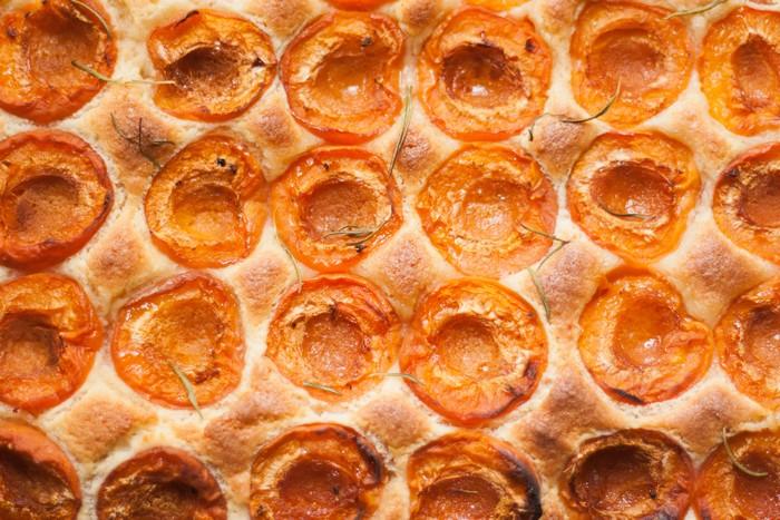 абрикосовый пирог: простой и вкусный рецепт
