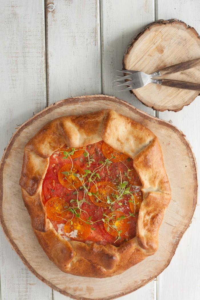 Галета с осенними томатами: для романтического ужина