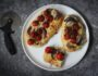 Лепешки с томатами - просто