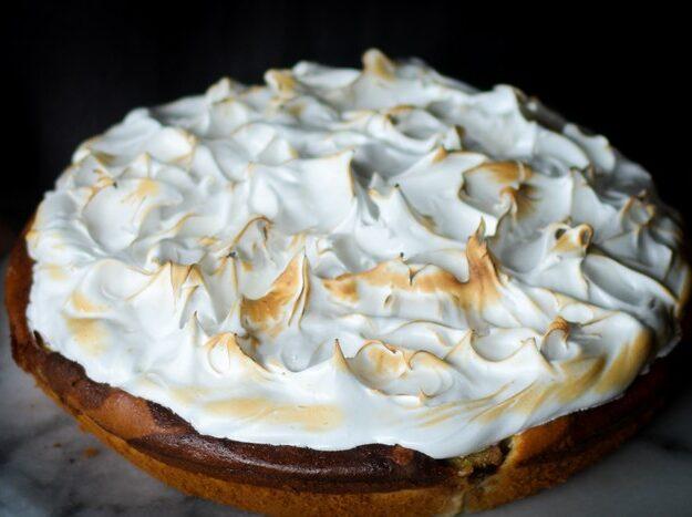 пирог с меренгой