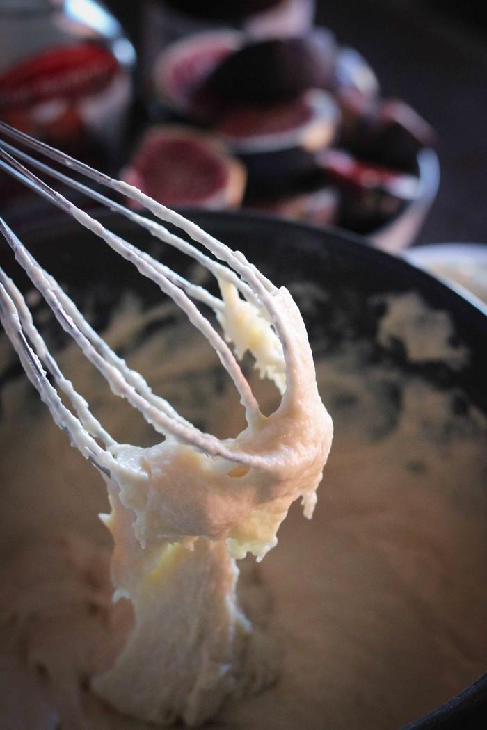 Пирог из инжира и маскарпоне